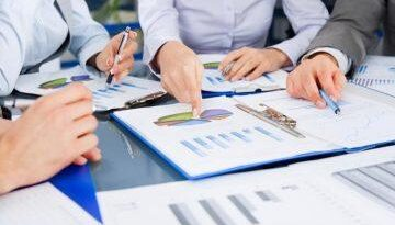 dasar-dasar-riset-market-bacaan-bisnis-730x420-5b73cb0d59739